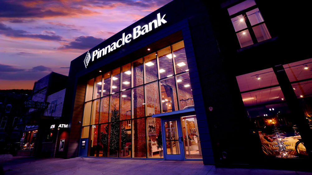 Pinnacle Bank Image
